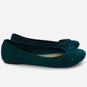 American Eagle Slip-on Flats